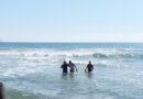 Rescatan a 3 personas en la playa de Miramar