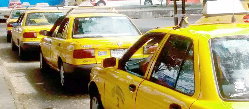 Taxistas del estado amenazan crear caos