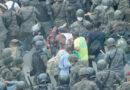 Guatemala reprime con gas lacrimógeno a caravana migrante
